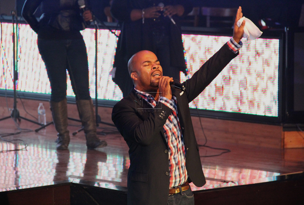 JJ_Hairston_&_Youthful_Praise-Philadelphia-intvnetwork_2